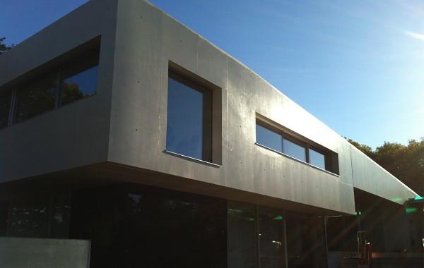Maison en béton apparent